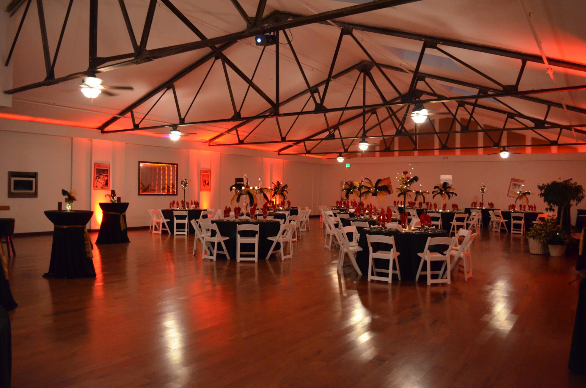 banquet room gallery red theme