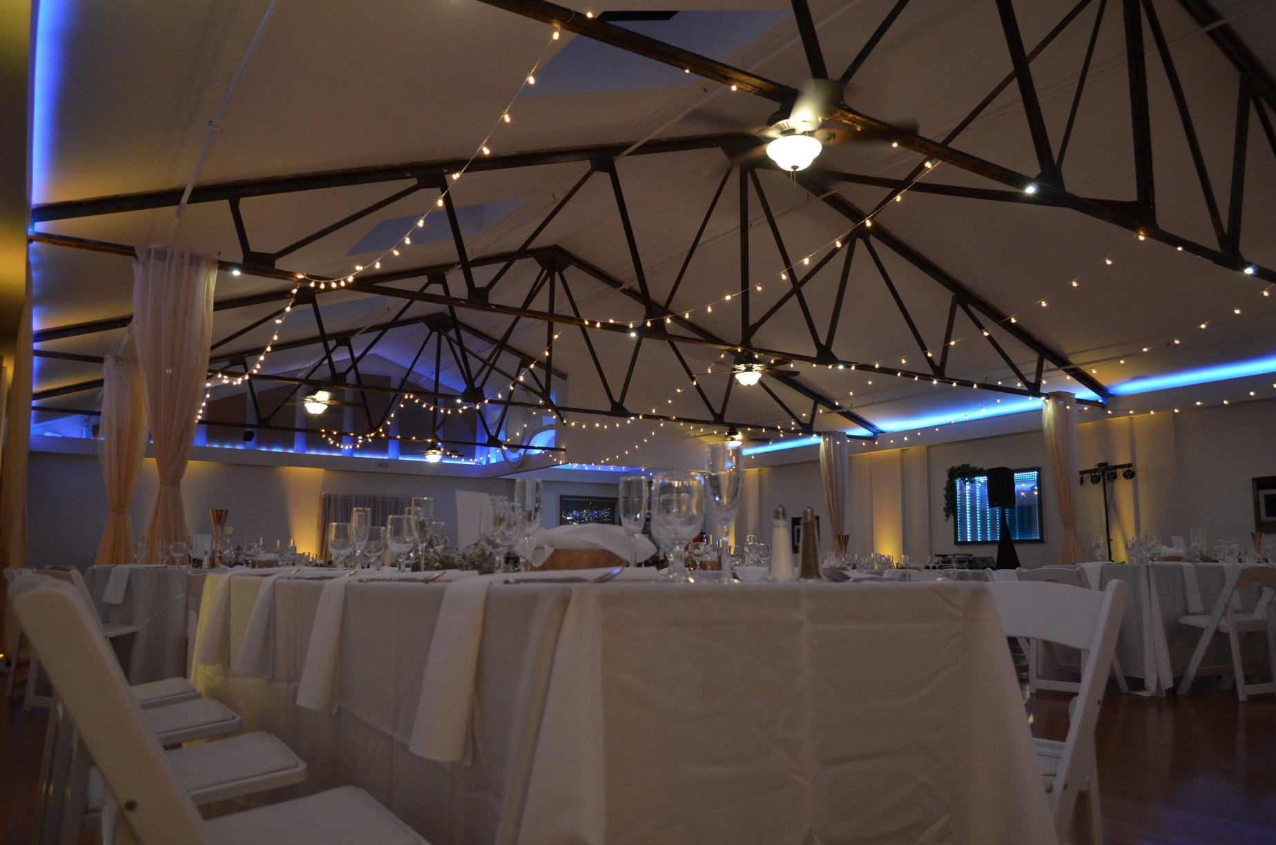 banquet room venue lighting